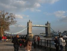 Guvernul britanic s-a reunit de urgenta dupa presupusa otravire a unui fost spion rus