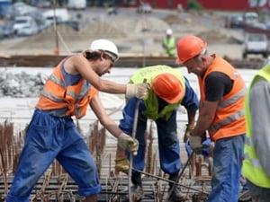 Guvernul schimba din nou legislatia muncii. Vezi ce e nou