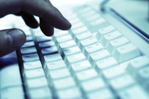 Hackerii isi fac de cap pe website-urile guvernamentale britanice si americane