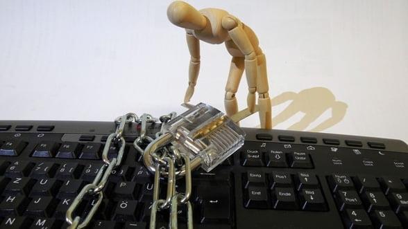 Hackerii lovesc in pauza de masa. Companiile din Bulgaria, saracite de milioane de euro