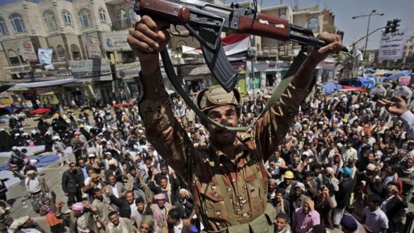 Haosul din Yemen arunca in aer pretul petrolului
