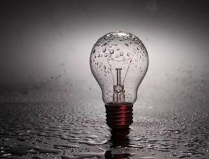 Hidroelectrica a propus ANRE sa preia din consumatorii casnici, pretul sa nu creasca, iar piata sa fie liberalizata de la 1 ianuarie