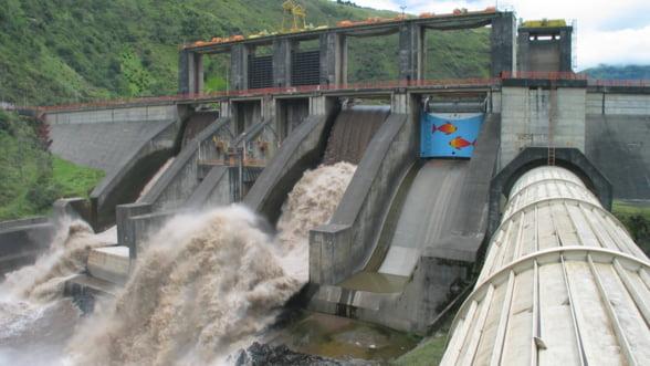 Hidroelectrica incepe sa scape de paraziti: Primul pe lista, Euro-P.E.C.