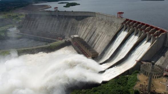 Hidroelectrica vrea sa vanda 27 de microhidrocentrale