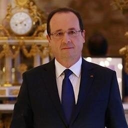 """Hollande avertizeaza: Nicio tara """"nu poate fi scutita de obligatia"""" primirii refugiatilor"""