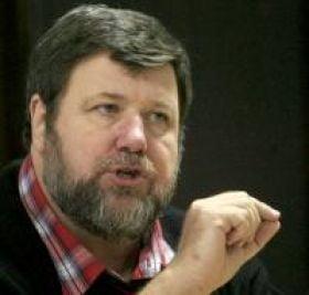 Hossu (Cartel Alfa): Ma surprinde ca presedintele ia pozitii prin care se substituie premierului