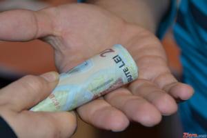 Hossu: Impozitul pe venit scade la 10% dar cresc taxele sociale pentru angajati la 35%