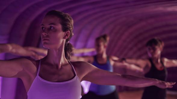 Hotpod: Despre yoga la 37 de grade, in sistem de franciza
