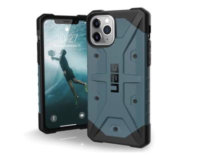 Huse UAG - tot ce va trebuie pentru siguranta telefonului- disponibile acum la Brand GSM