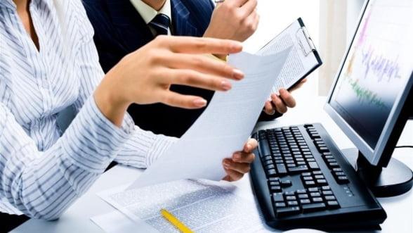 INS: Cifra de afaceri din industrie a crescut cu 8%