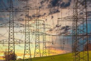 INS: Consumul final de energie electrică în primele şapte luni a crescut cu 7%, iar exportul cu 52,5%, față de aceeași perioadă a anului trecut