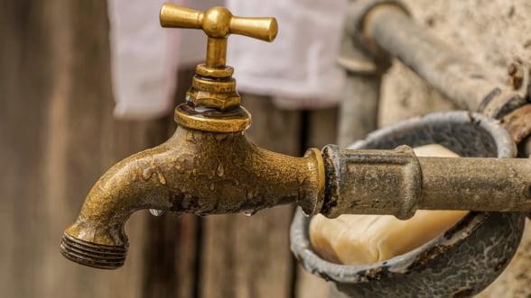 INS: Doar 35% din populatia rurala a tarii era conectata la sistemul public de alimentare cu apa in 2018