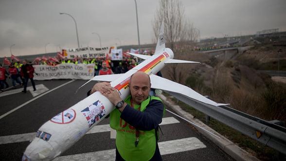 Iberia anuleaza peste 1.200 de zboruri din Spania din cauza grevei angajatilor