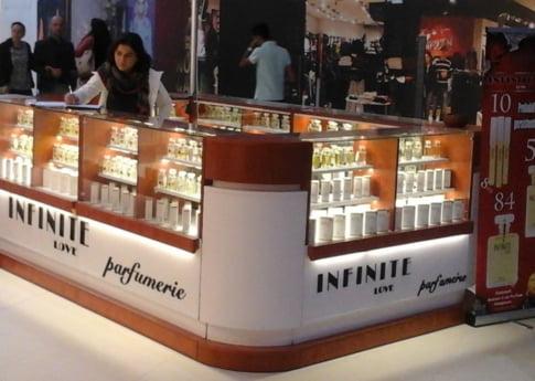 """Ideea de business a saptamanii: Parfumeria """"value for money"""""""