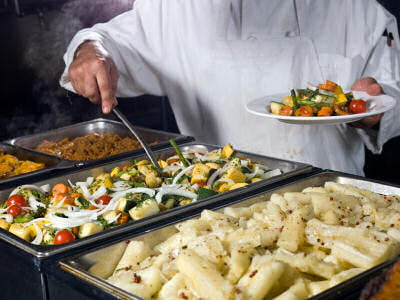 Idei de afaceri: site de pe care iti poti comanda mancare de la orice restaurant