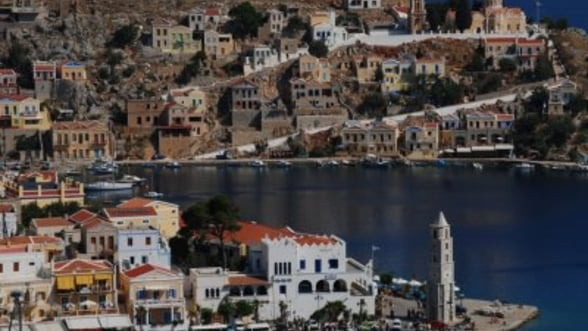 """Iesirea Greciei din """"dictatura euro"""": Turism mai ieftin"""