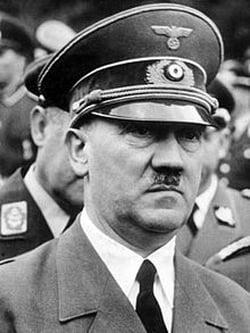 Imagini istorice din buncarul lui Hitler, unde si-a trait ultimele luni (Galerie foto)