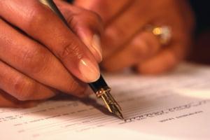 Imobiliare: notarii din Romania, de 14 ori mai scumpi decat in Germania