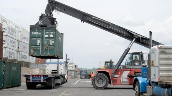 Importam mai mult decat exportam si in 2018, iar acest obicei adanceste tot mai tare deficitul comercial