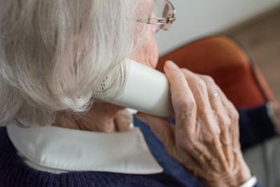 In '90, un salariat sustinea 0,3 pensionari. Cum va arata raportul in 2050?