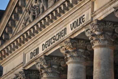 In ciuda divergentelor politice, partidele din Germania s-au inteles imediat cand a venit vorba de banii tarii