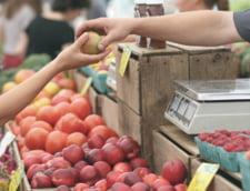 In lupta cu inflatia, Guvernul Turciei a deschis propriile piete de legume: Oamenii stau la cozi cu orele