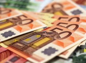 In plin scandal cu Rusia, Ucraina primeste prima transa de 500 de milioane de euro ca ajutor de la Uniunea Europeana