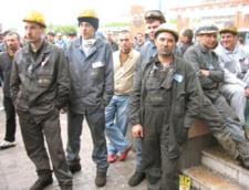 Inca 1.600 de muncitori ai Mittal Galati au depus cereri de autodisponibilizare