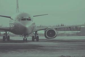 Inca doua zboruri anulate in Romania din cauza furtunilor care matura Europa