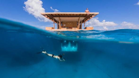 Incearca si ceva diferit: Cazare subacvatica, pe o insula plutitoare