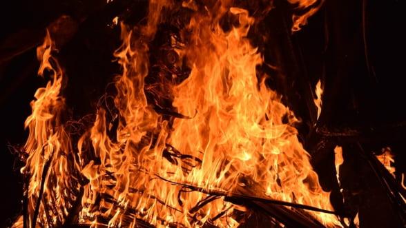 Incendiile din Australia vor provoca sectorului turistic pierderi de miliarde de dolari