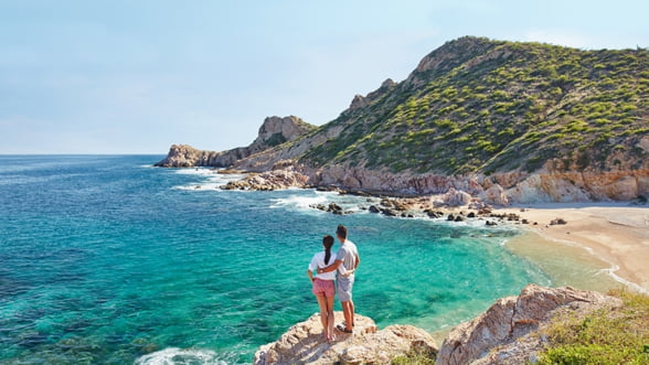 Incepe anul cu dreptul intr-o statiune de exceptie: Chileno Bay Resort din Los Cabos