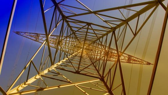 Incertitudini pe piata de energie, dupa abrogarea unor articole din OUG 114, intr-o perioada cu preturi mari