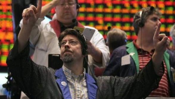 Indicele S&P 500 al bursei de la New York a revenit la niveluri anterioare falimentului Lehman