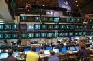 Indicii Bursei au inchis sedinta de vineri cu cresteri moderate