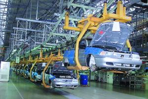 Industria auto, sectorul cel mai afectat de criza economica