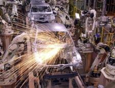 Industria auto a iesit din criza. Producatorii fac mii de angajari