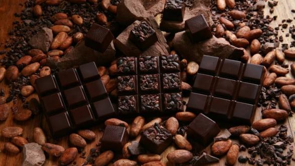 Industria ciocolatei, afectata de cresterea preturilor la alunele turcesti