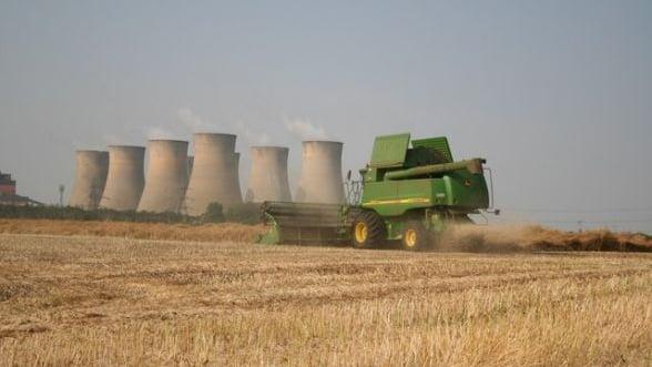 Industria si agricultura au avut cele mai importante contributii la cresterea PIB in 2013