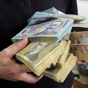 Infuzii de 323,66 milioane euro in firmele din piata financiara