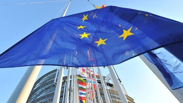 Institutiile UE au ajuns la un acord cu privire la bugetul perioadei 2014 - 2020