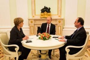 Intalnire cu miza uriasa la Moscova: Merkel si Hollande au plecat direct la aeroport, dupa 5 ore de discutii cu Putin (Video)