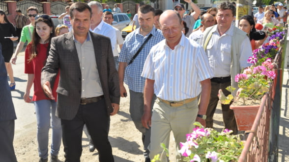 Intalnire de taina la Mamaia a speculantilor de cereale. Cartelul graului, confirmat de presedintele Basescu