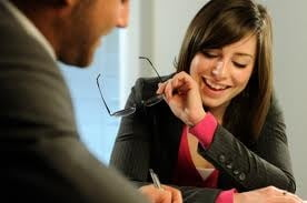 Interviul de angajare: negociezi salariul sau accepti prima oferta?