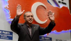Intr-un discurs virulent, Erdogan invoca un referendum pentru aderarea la UE: Asteptam de 54 de ani la portile Europei