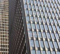 Investitiile in hoteluri, cladiri de birouri si centre de retail din SUA vor scadea cu 13% in 2010