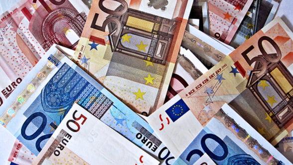 Investitiile speculative pe deprecierea euro au ajuns la 30 mld. de dolari