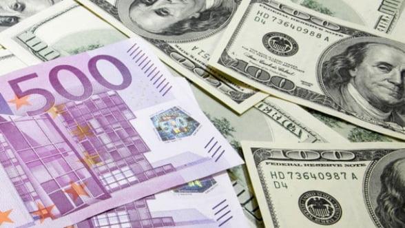Investitorii abandoneaza pe capete zona euro