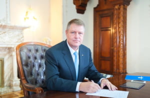 Iohannis a sesizat Curtea Constitutionala in privinta Codului Administrativ
