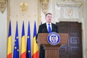 Iohannis merge marti in Germania, la o ceremonie alaturi de Merkel si Macron